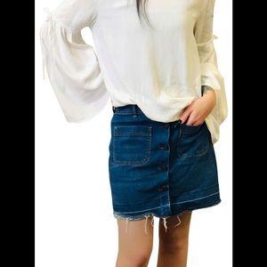Zara Buttons up denim skirt